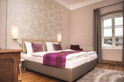 R4 Schlafzimmer.jpg